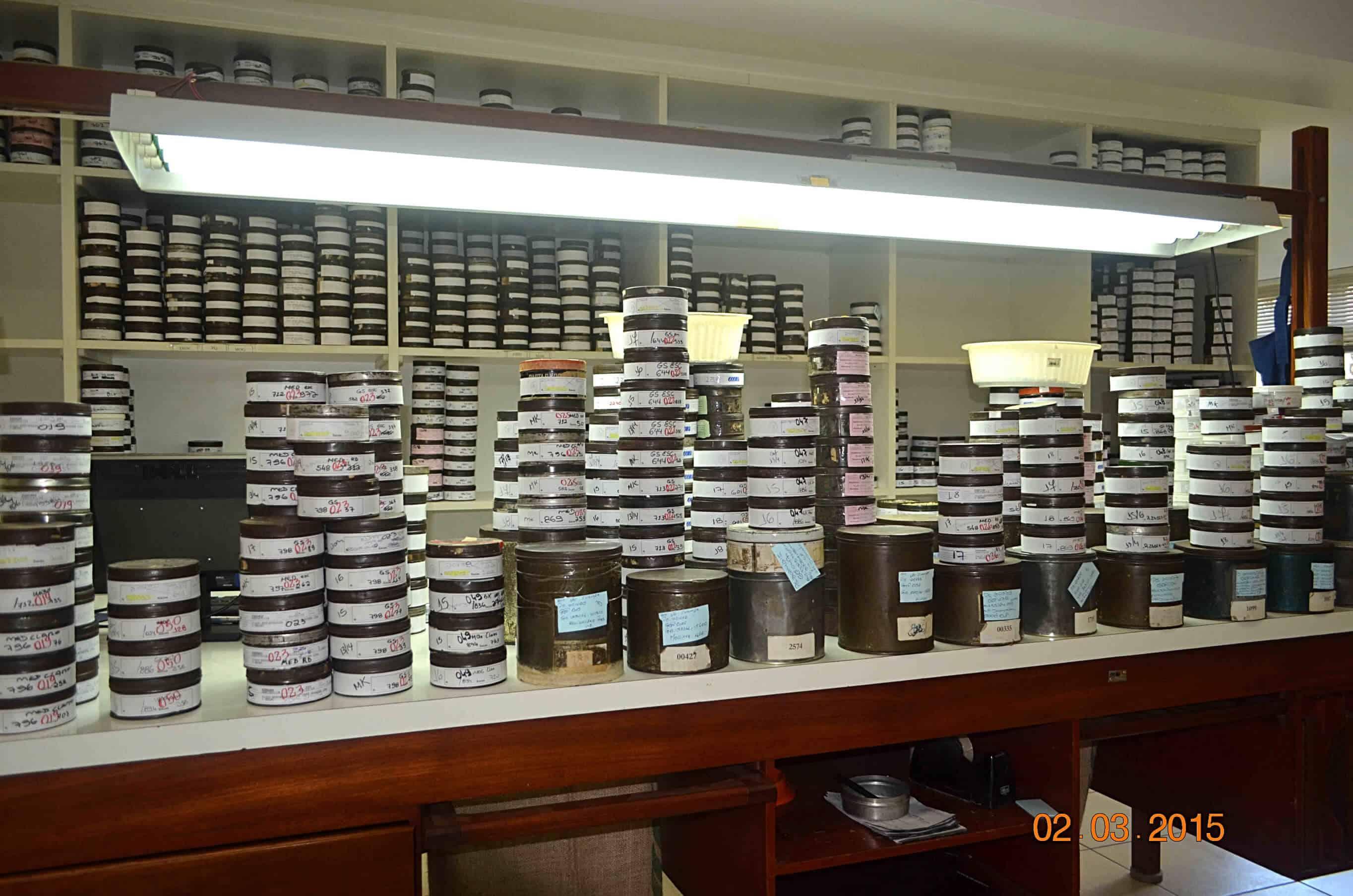 Grading w Brazylii – Klasyfikacji gradingowej poddawane są losowo wybrane próbki 100g lub 300 g kawy.